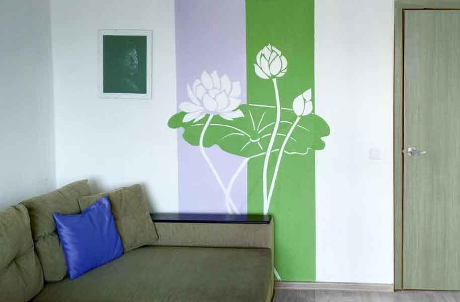 Роспись стен цветы -лотос
