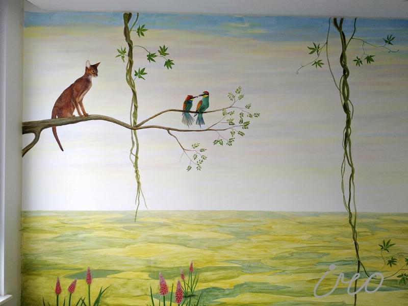 Роспись стены в детской котик и птички